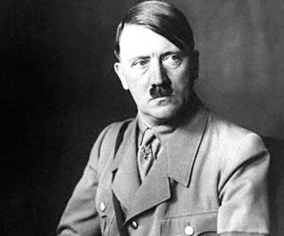 Sube Adolf Hitler al poder