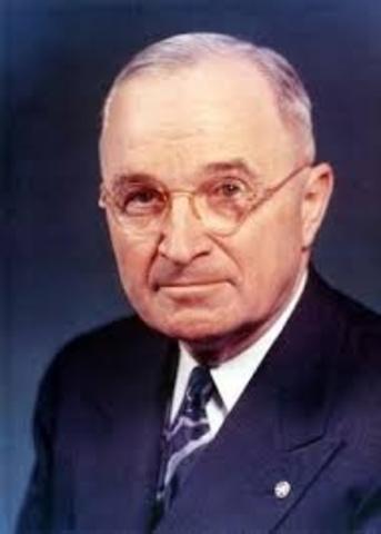 Sube Truman al poder.