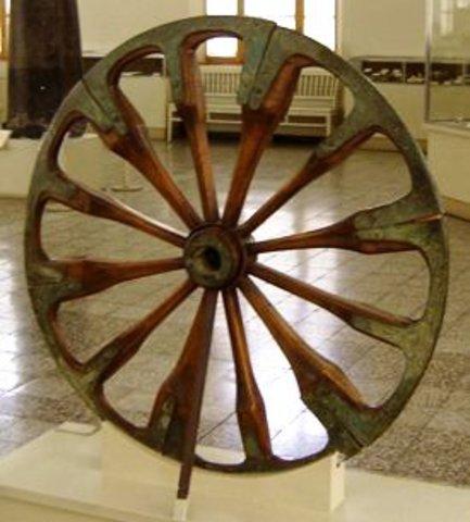Se invento la rueda (1900a.C.)