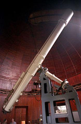 Se inventa el telescopio