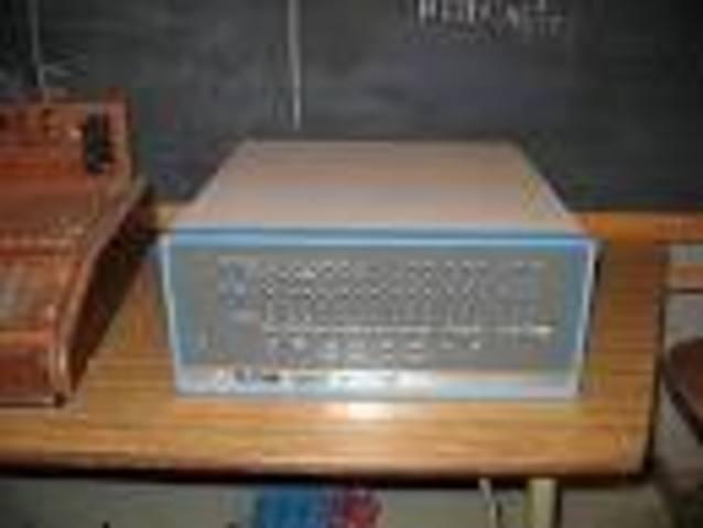 historia y evolucion de los computadores(altair 8800 intel 8080)