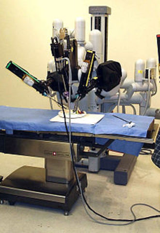 Invencion de la cirugia robotica
