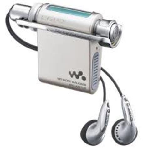 Sony's NW-MS70D