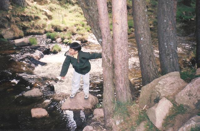Jugando por primera vez en un rio español