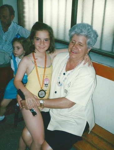 Primera medalla de natación