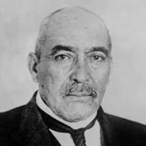 America - Victoriano Huerta resigned