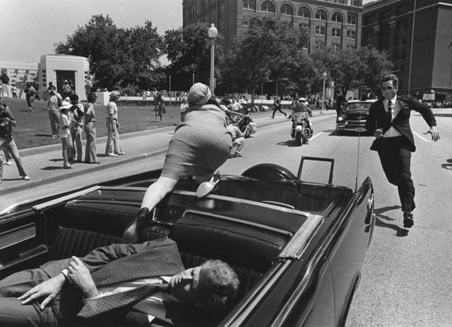 President Kennedy Assassinated in Dallas