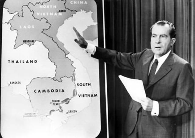 Nixon announces US troop withdrawals