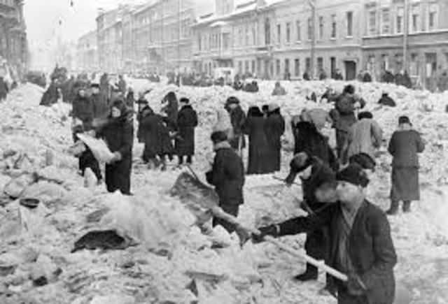 Siege of Leningrad Begins