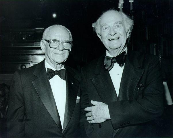 Emile Zuckerkandl and Linus Pauling's molecular clock hypothesis