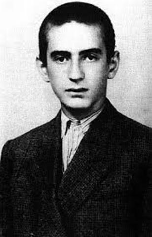 Elie Wiesel Born