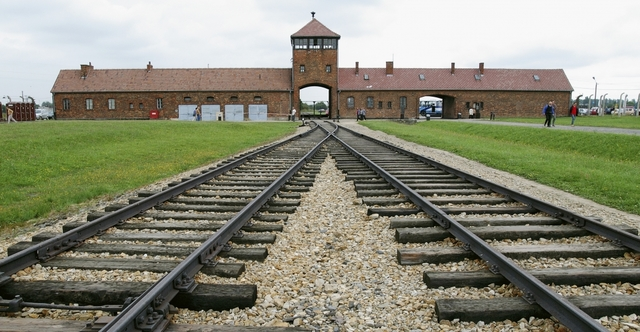 Arrive at Aushwitz.