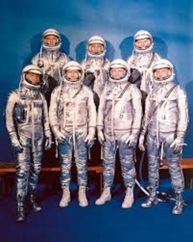 "e ""Mercury Seven"" astronauts are selected by NASA."