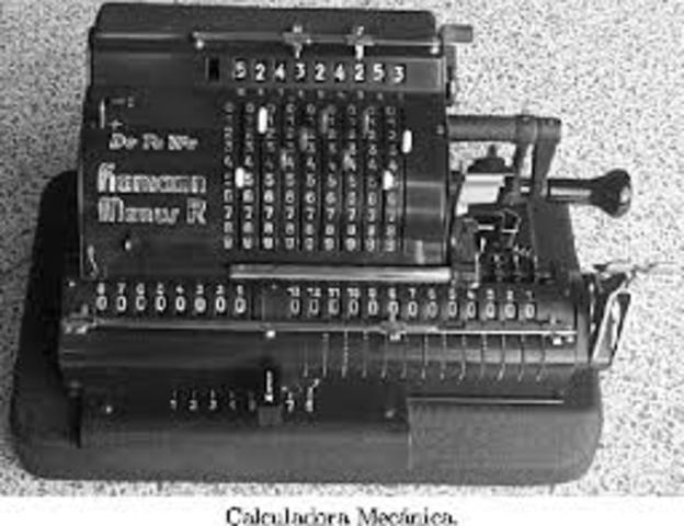 Aparatos computacionales electromecánicos