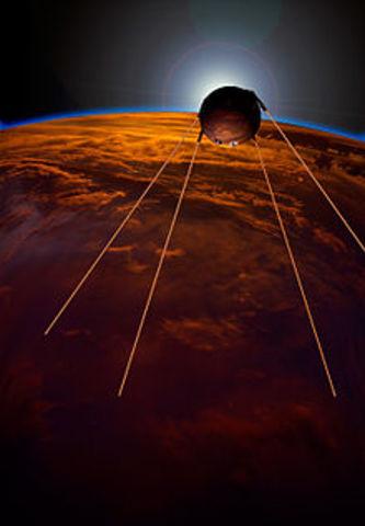 Primer Satelite Artificial