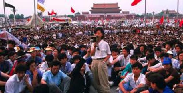 Chinese government suppresses prodemocracy movement