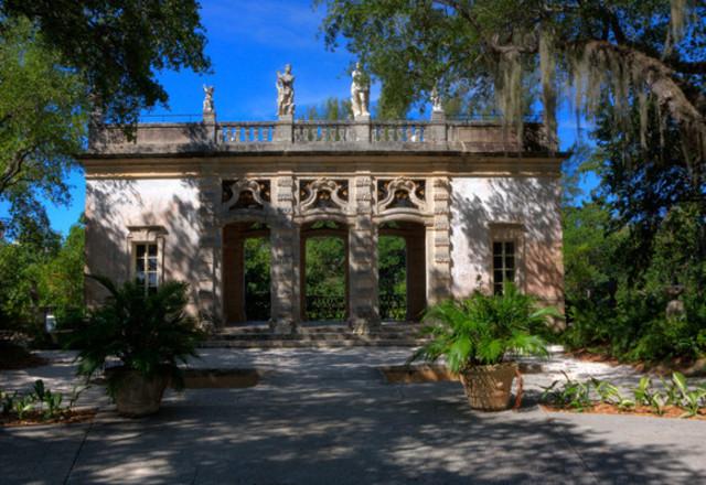 Photo shoot at Vizcaya Museum and Gardens
