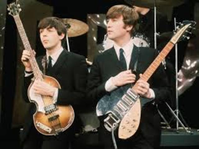 John Lennon meets Paul McCartney
