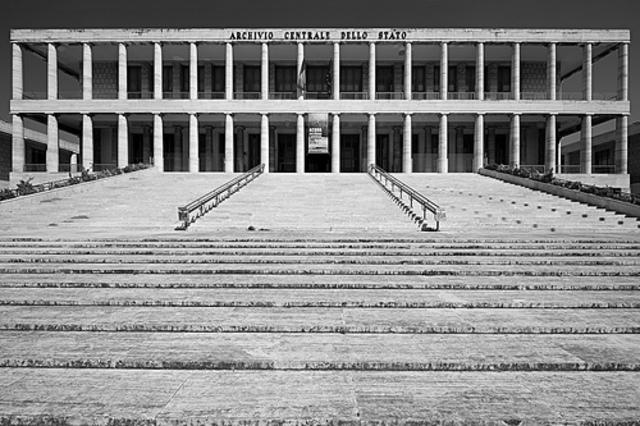EDAD CONTEMPORANEA - Ley de Archivos en Italia