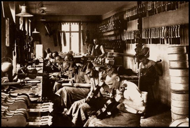 El régimen productivo se basa en los talleres de los artesanos.
