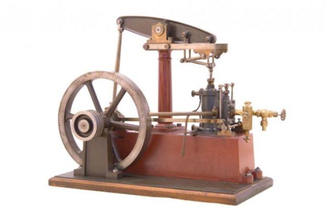 Máquina de vapor por James Watt.