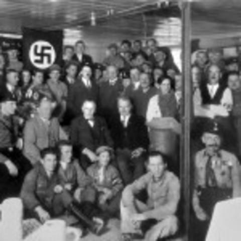 Nazi's reach a Political Majority in Germany