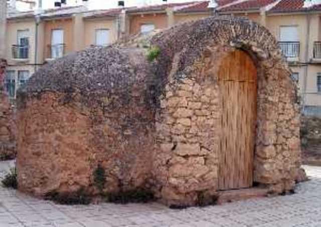 Construcción del Casón de Jumilla. A las 19
