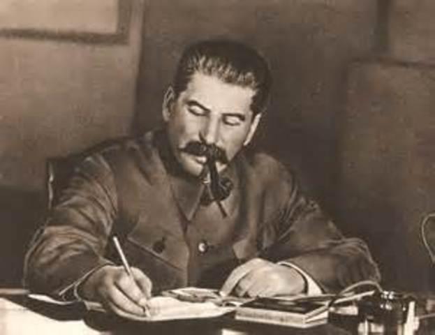 1929 Josef Stalin sole dictator of the Soviet Union (USSR)