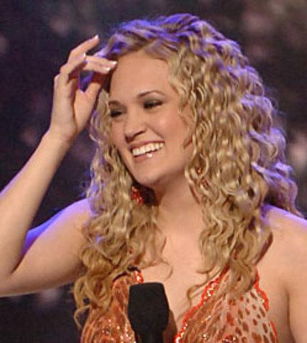 Carrie Underwood ~ Wins American Idol (positive)