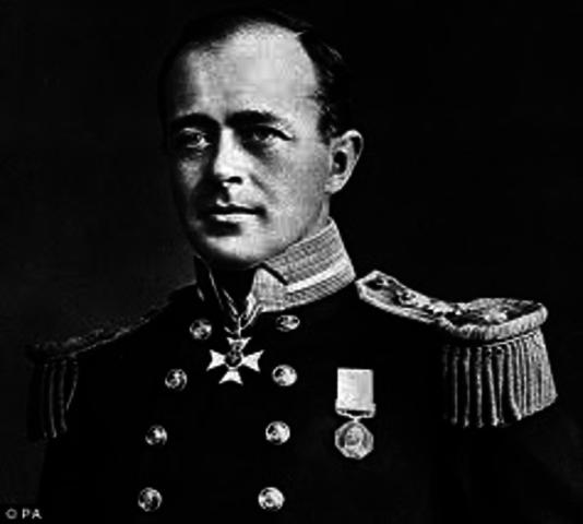 Robert F. Scott tried to reach the South Pole