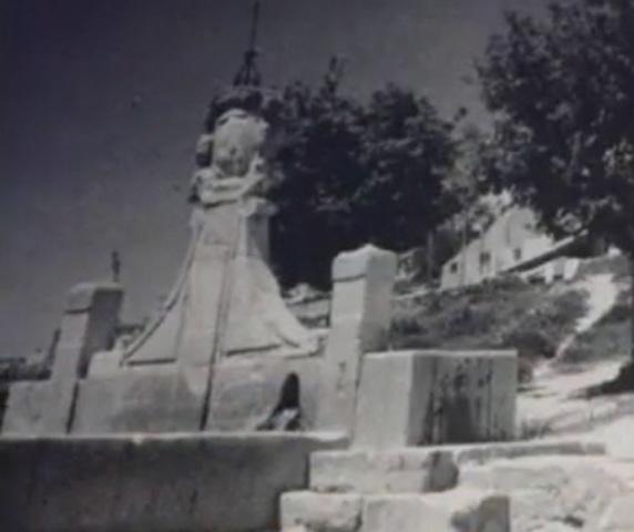 Construcción de la fuente de la villa
