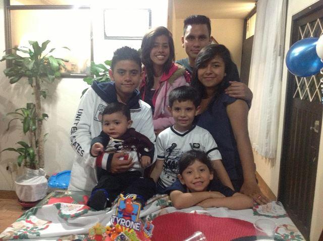 Camilo y sus primos.