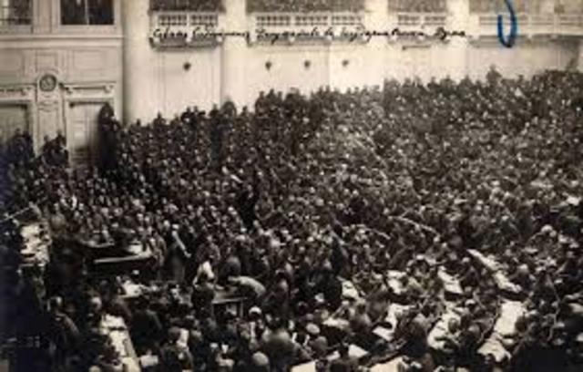 Revolt in Petrograd