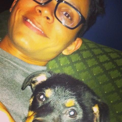 Abdeel y el perrito