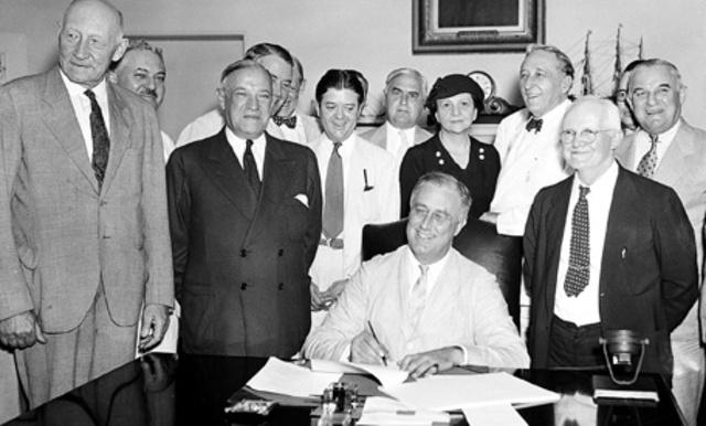 Franklin D Roosevelt Signs Social Security Bill