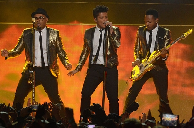 Bruno Performs at the superbowl
