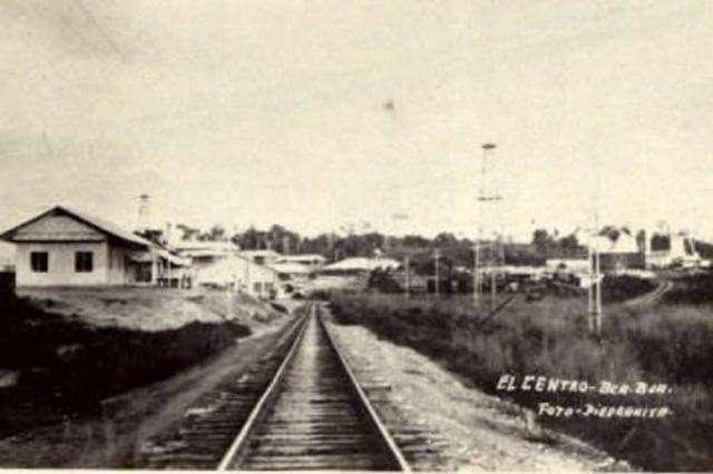 Vía ferrobiaria Puerto Berrío al Magdalena