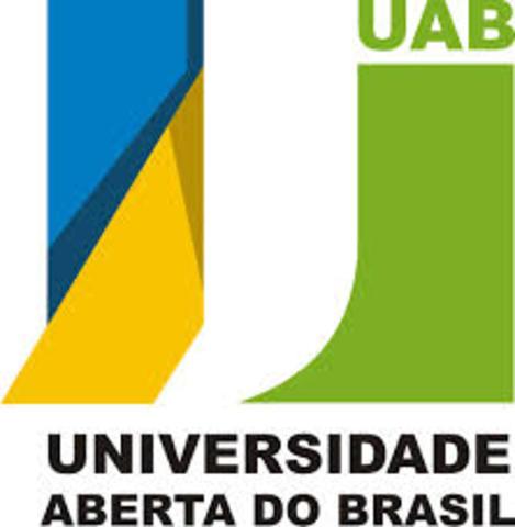 É criada a Universidade Aberta de Brasília