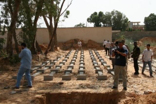 Restablecimiento: Funerales en Bengasi