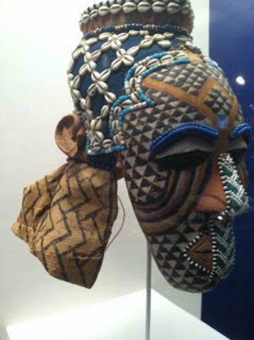 Ngady Amwaash mask
