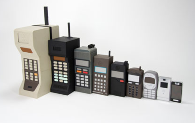 Los telefonos celulares se hacen publicos
