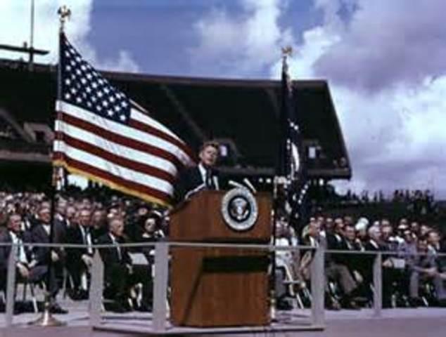 Jonh F. Kennedy speech at Rice Stadium