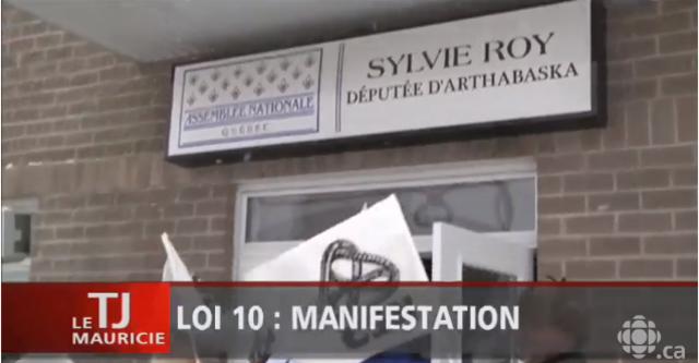 Manifestation au bureau de la députée Sylvie Roy