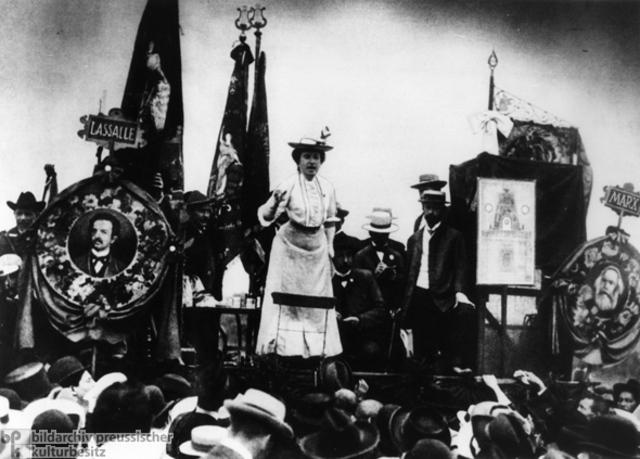 Rosa Luxemburg (Sarra Hamdi)