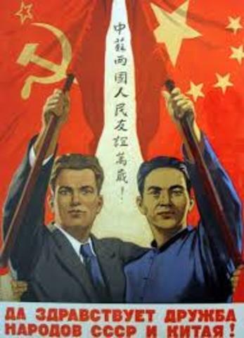 China busca ayuda de la USSR