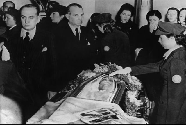 Eva's Funeral