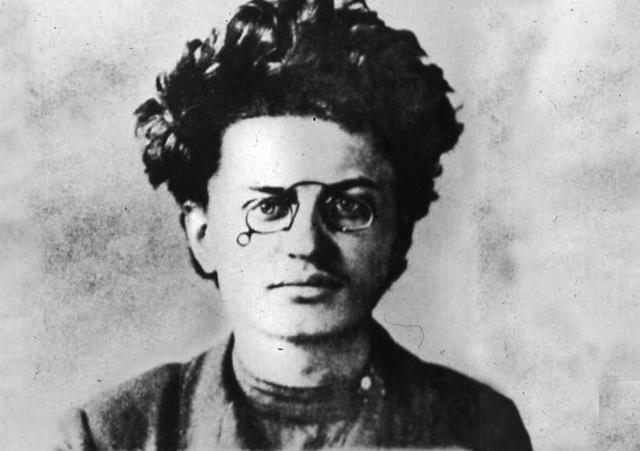 Leon Trotsky into exile