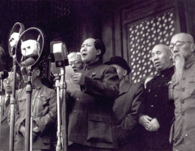 Mao Announces People's Republic of China