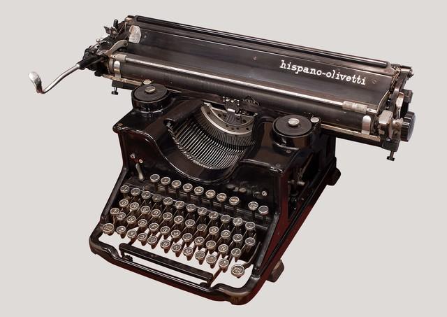 1.886 Máquina de escribir