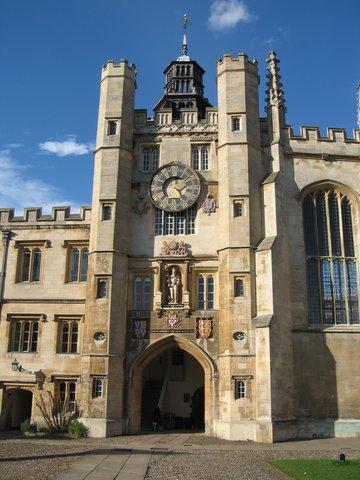 Newton Enters Trinity College in Cambridge